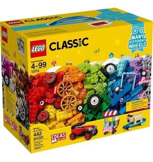 LEGO Classic Bricks on a Roll