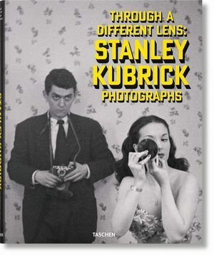 STANLEY KUBRICK PHOTOGRAPHS. THROUGH A DIFFERENT LENS / ALEMAN INGLES FRANCES