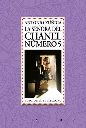La señora del Chanel número 5